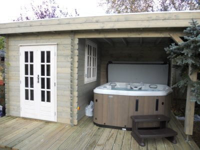 Timber Log Cabin Hot Tub Pevensey Delivery Project