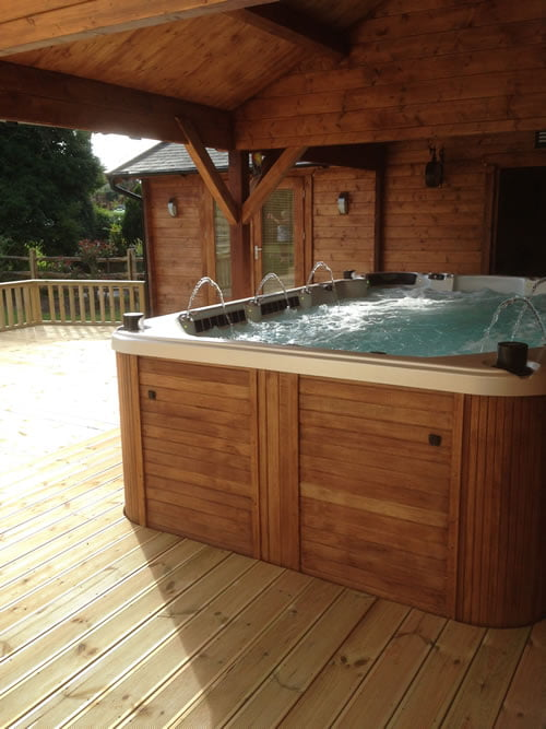 Swimspa and Log Cabin